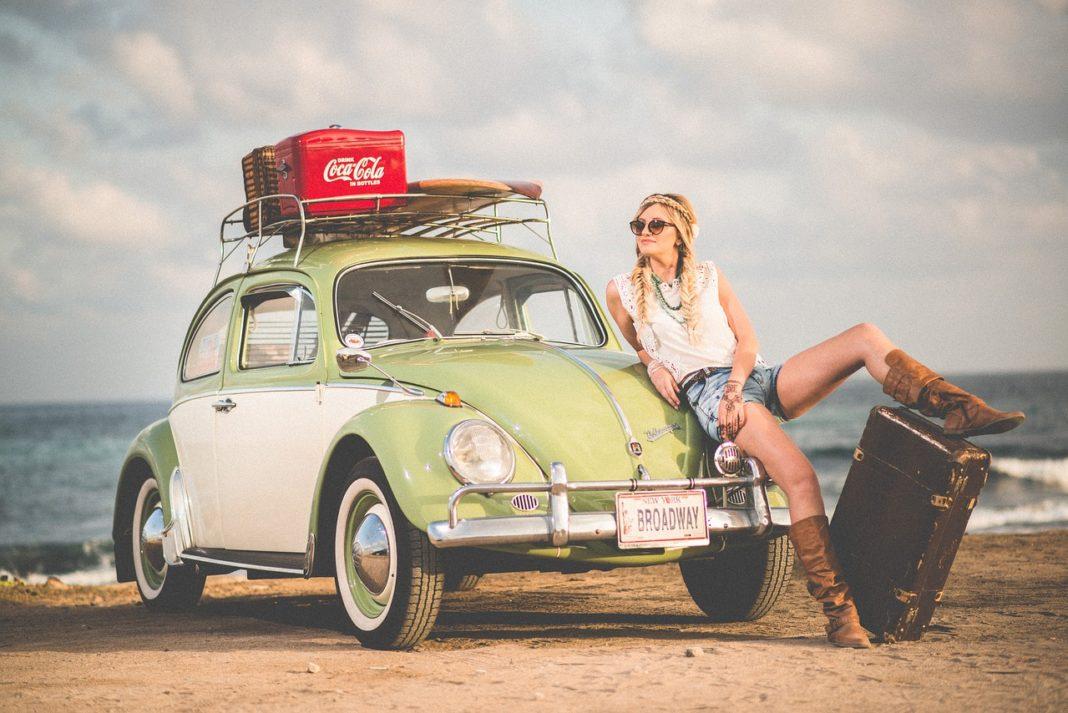 road-trip-car